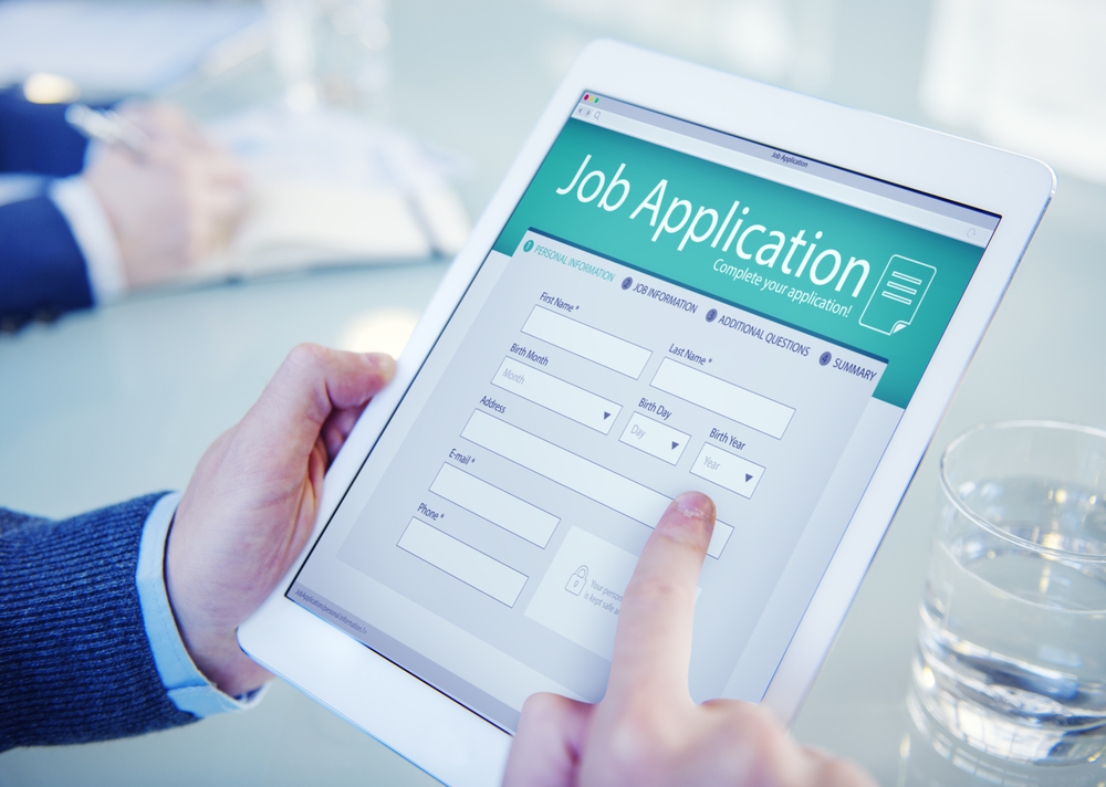 Online Recruiting and Applicant Tracking